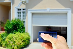 Emergency Garage Door Repair • Elite® Garage Doors